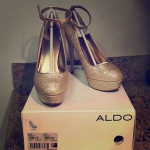 Aldo Gones glitter stiletto platform 38/7.5 pumps